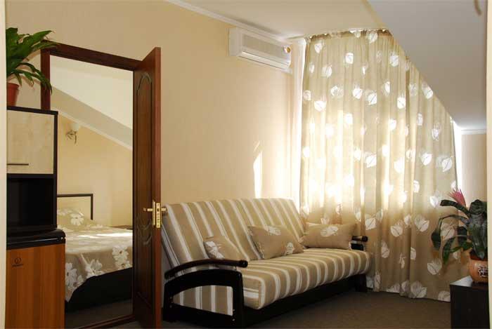 В номере. Фото: hotelvalencia.ru