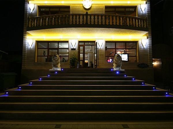 Гостиница «Версаль»