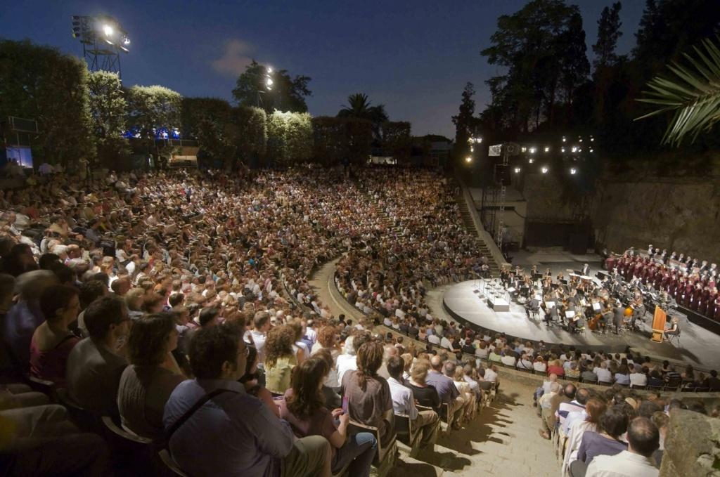 Театре Грек. Автор:  Josep Aznar. Фото:  www.flickr.com