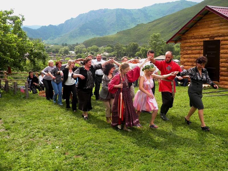 Фольклорные праздники на усадьбе