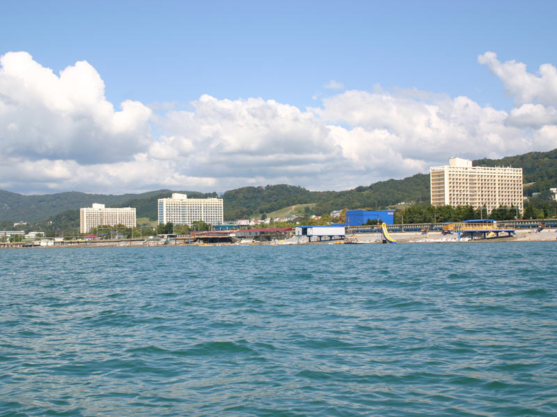 Санаторий «Коралл», вид с моря. Фото: www.coral-sochi.ru