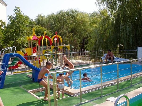 Детский бассейн. Фото: www.pansionat-parus.ru