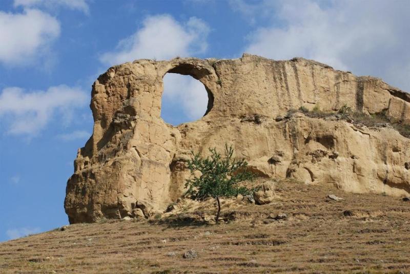 «Кольцо-гора». Фото с сайта  tonkosti.ru