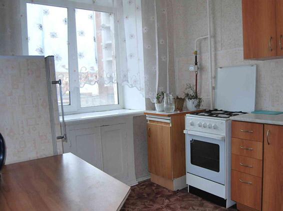 Кухня в 1-комн. квартире. Фото: www.prival55.ru