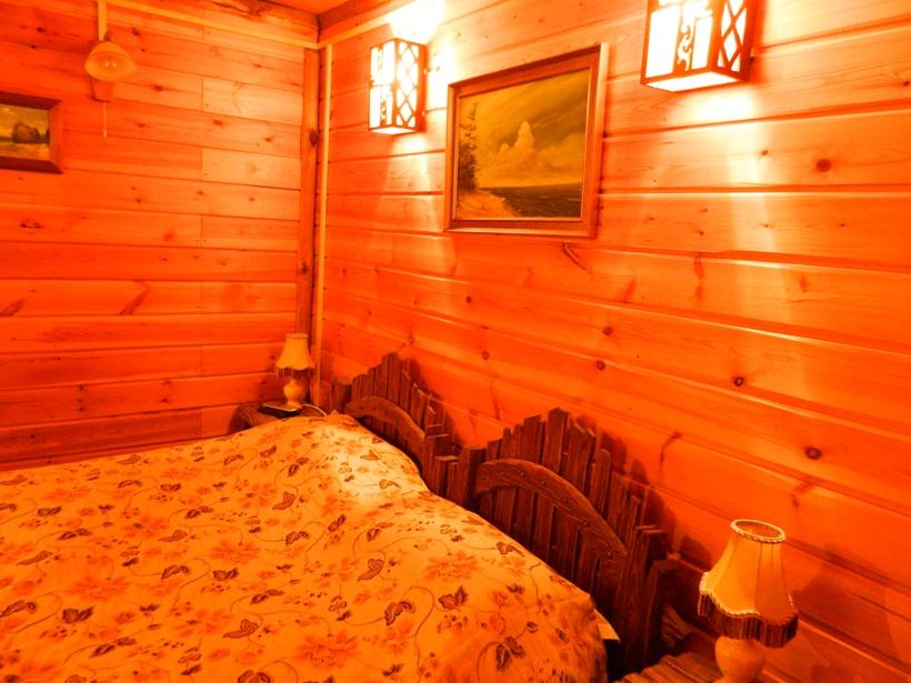 Спальная номера люкс