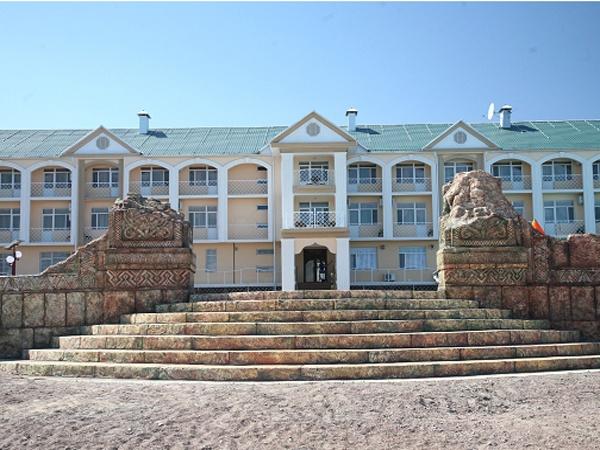 Отель «Riviera club»