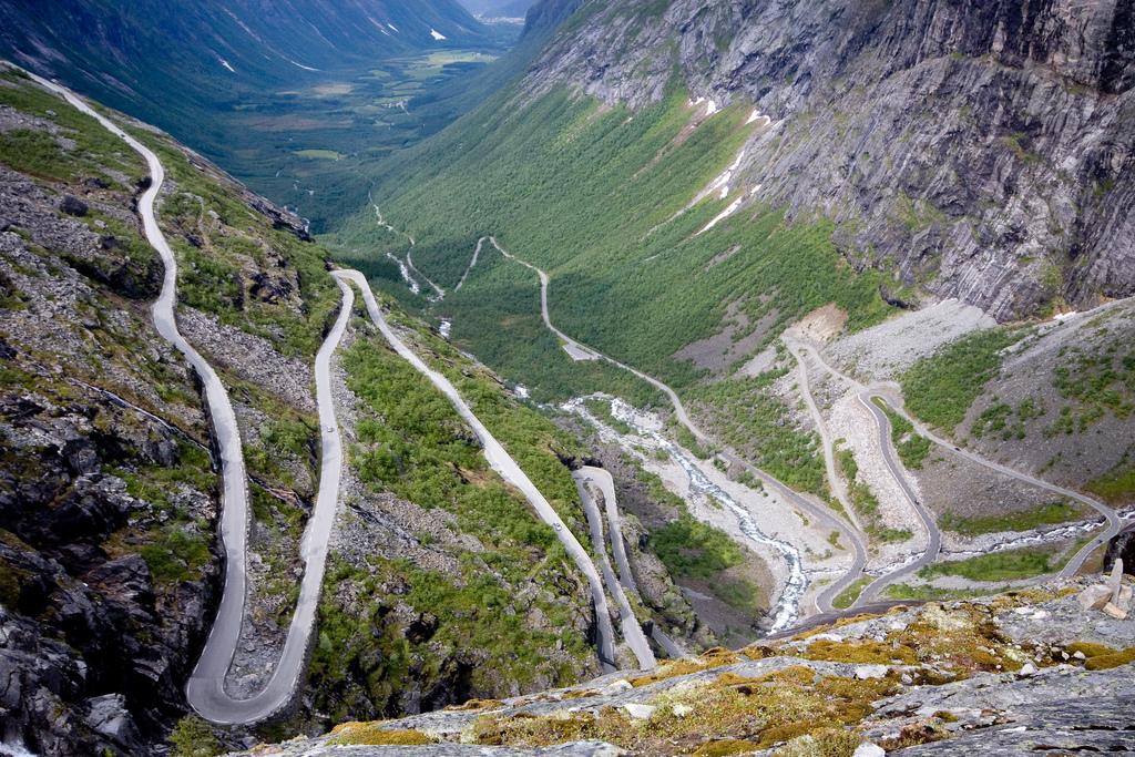 Дорога троллей. Автор: awiemuc. Фото:  www.flickr.com
