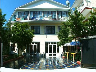 Гостиница «Лазурный бриз». Фото: breeze-hotel.com