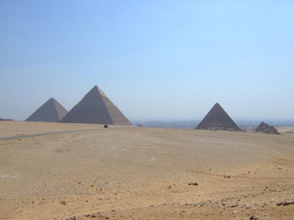 Пирамиды на плато Гиза. Автор: David Ooms. Фото:  www.flickr.com