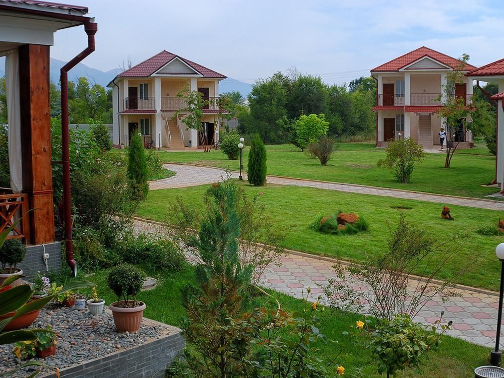 Территория отеля «Talisman Village»