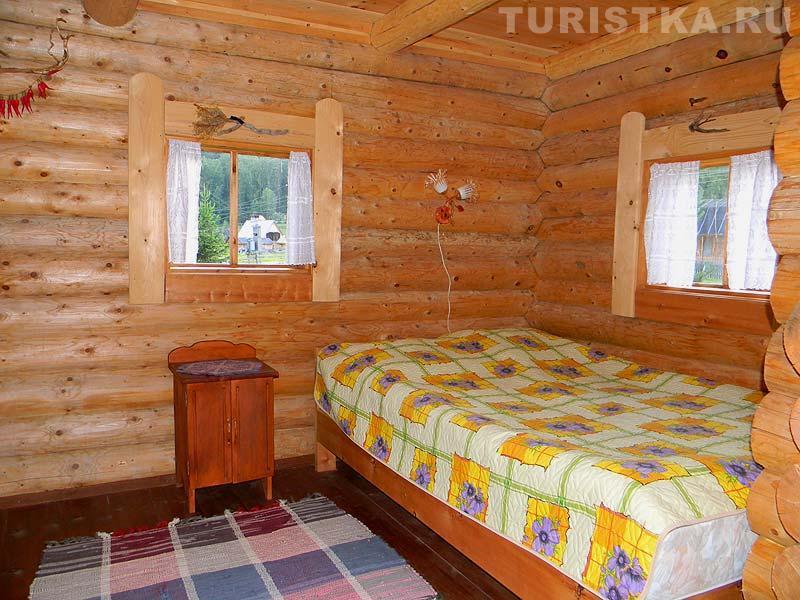 Комната в летнем домике. Фото: Turistka.ru