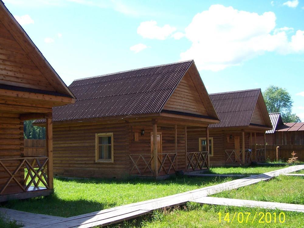Домики усадьбы «Околица». Фото: usadba-okolitsa.ru