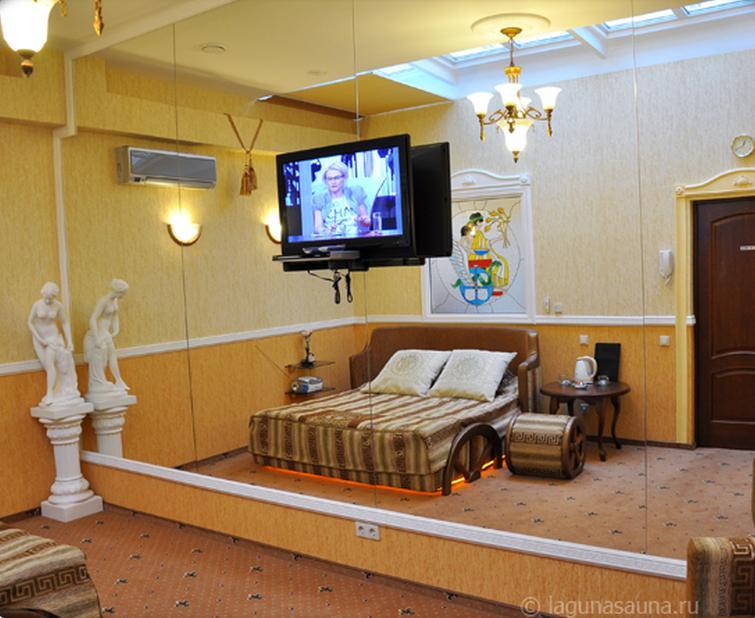 Гостиничный номер «Греция». Фото: lagunasauna.ru