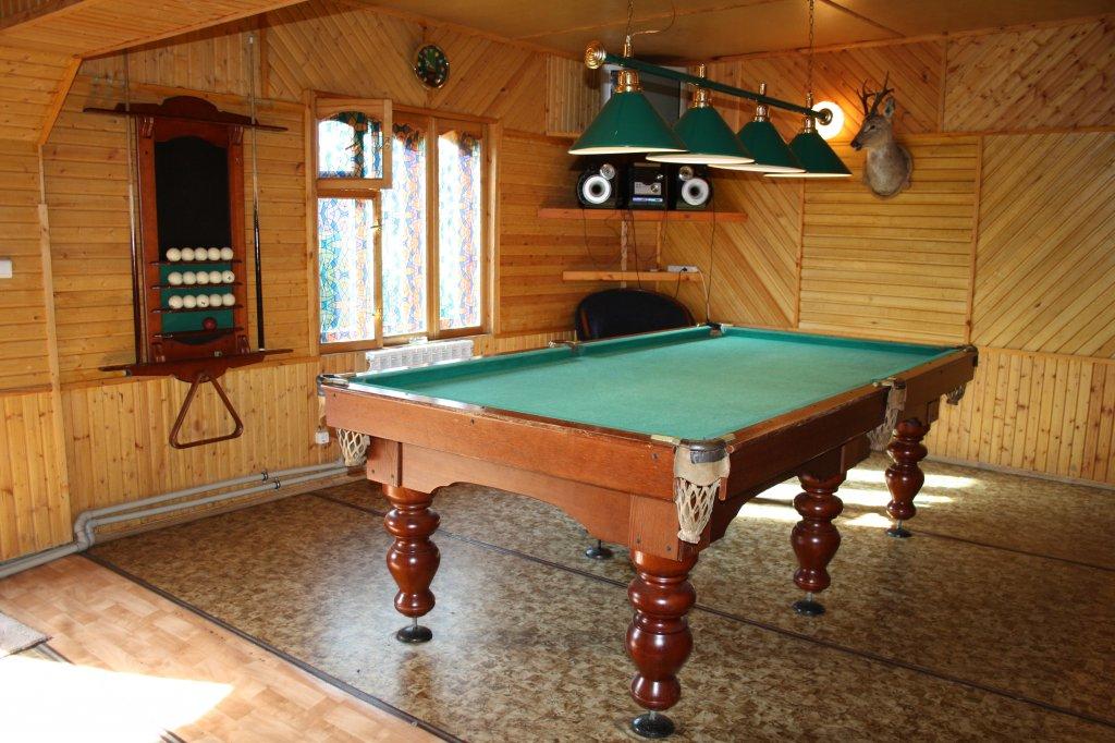Бильярд в бане. Фото: www.rebrovka55.ru