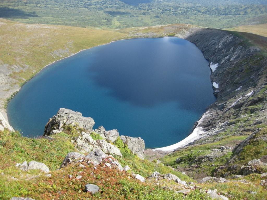 Озеро Среднеканымское