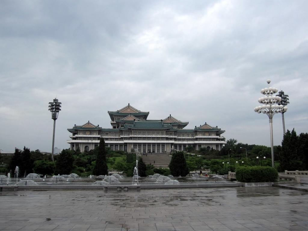 Национальная библиотека. Автор: rapidtravelchai. Фото:  www.flickr.com