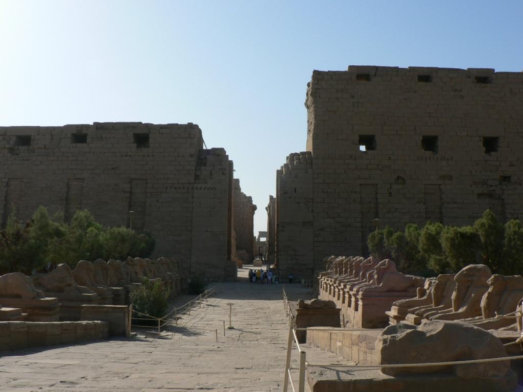 Карнакский храм. Автор: eviljohnius. Фото:  www.flickr.com