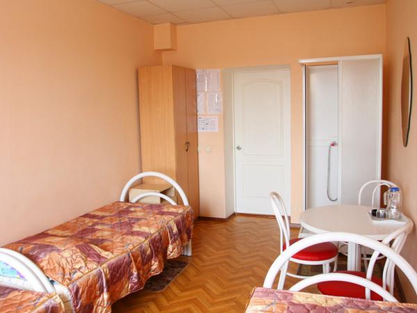 Трехместный улучшенный номер. Фото: www.radugasib.ru