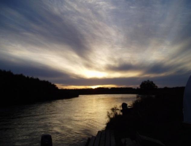 Закат на реке Коль   kolriver.ru