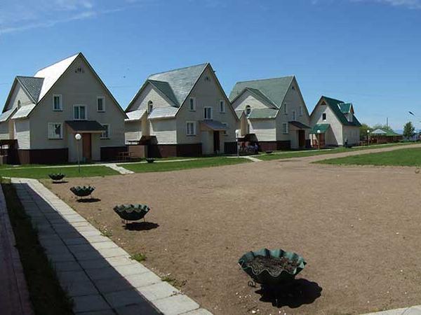 Коттеджи базы. Фото: www.ecp.ru