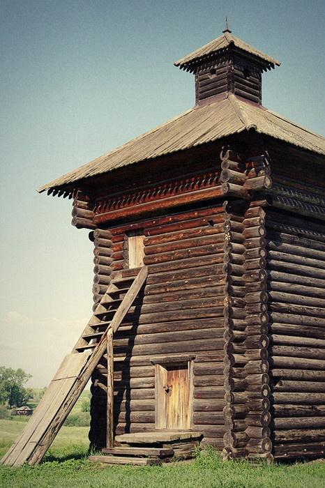 Башня Арамашевского острога. Реконструкция. Фото: Роман (Скоромысл) Суханов