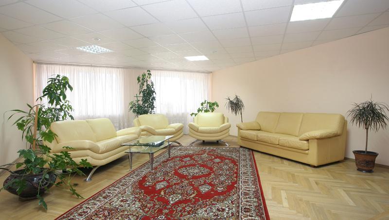 Холл гостиницы. Фото: www.hotel-novoros.ru