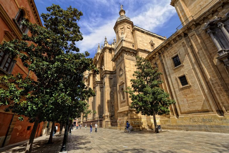 Кафедральный собор. Фото с сайта  www.arrivo.ru