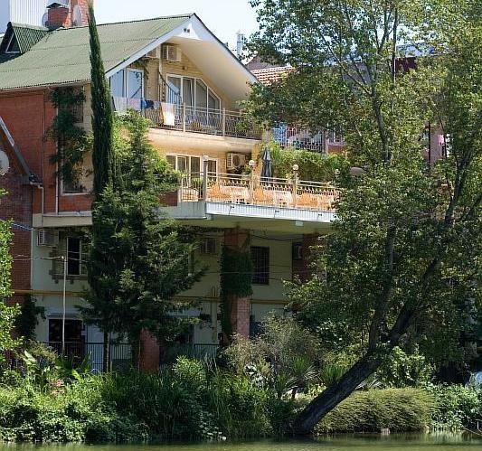 Коттедж в пос. Лазаревское. Фото: westa-hotel.ru