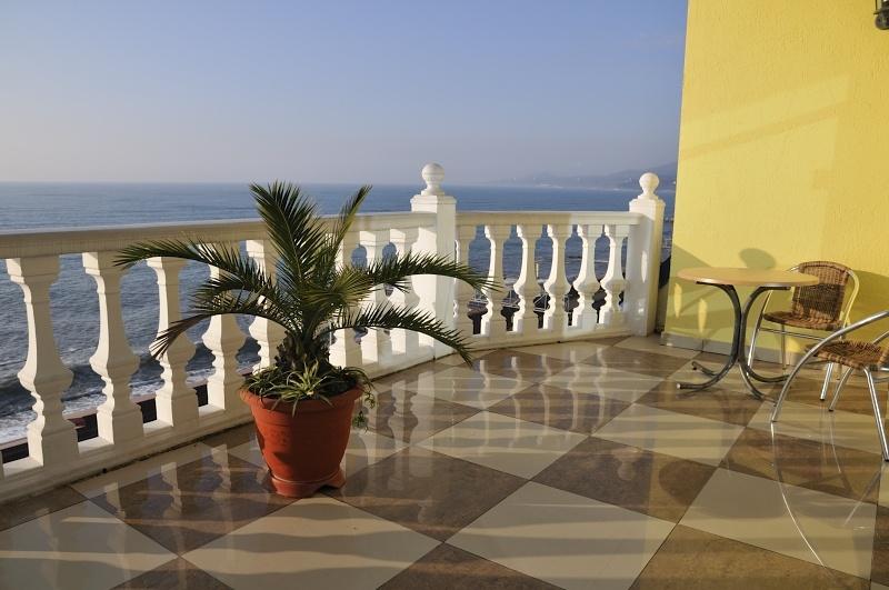 Вид на море. Фото: oasis-hotel.ru