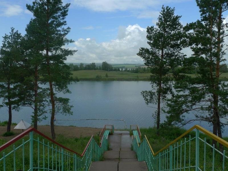 Вид на озеро, пляж. Фото: sun-tes.ru