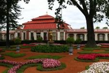 Замок Монплезир (Monplaisir Palace)