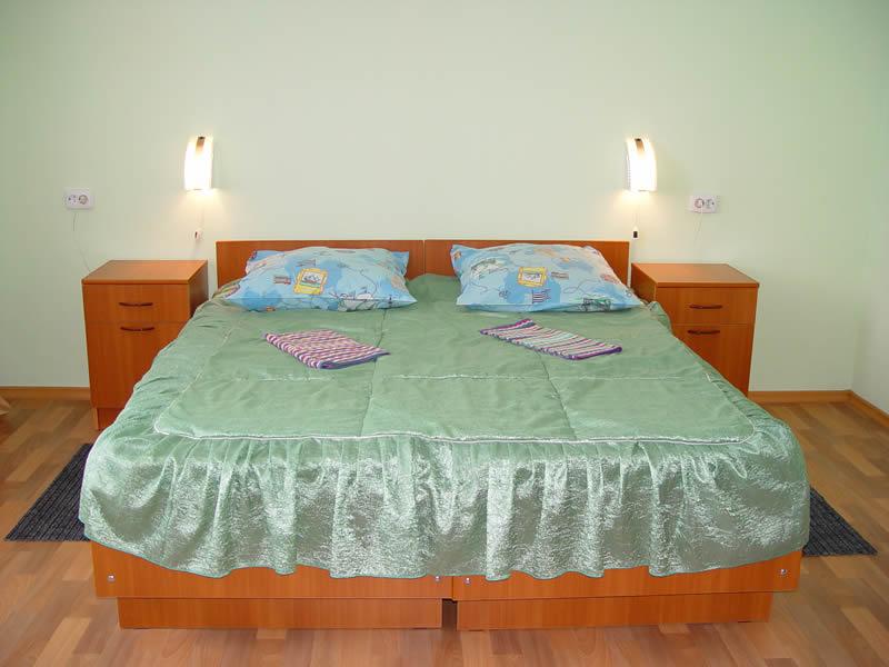 Номер 1-й категории. Спальный корпус. Фото: sinemor.ru