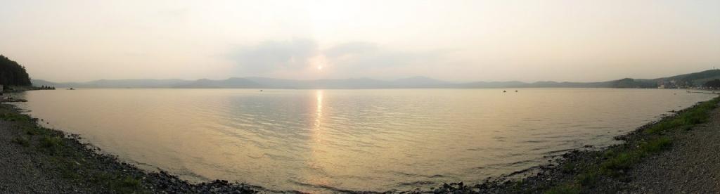 Озеро Тургояк на закате. Фото: Роман (Скоромысл) Суханов