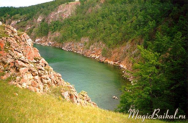 Фото Байкала предоставлены сайтом  Магия Байкала .