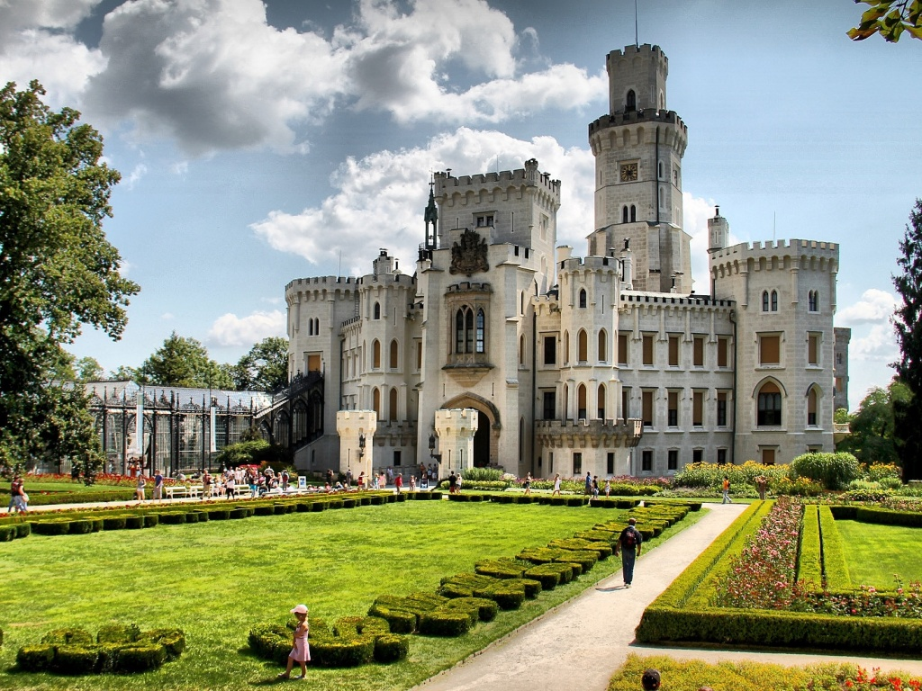 Замок Глубоко-над-Влтавой. Автор: Roman Horák. Фото:  commons.wikimedia.org