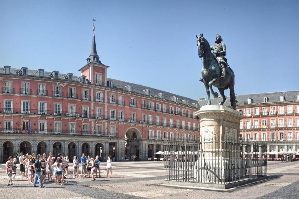 Статуя Филиппа Третьего. Автор: Juanedc. Фото:  www.flickr.com