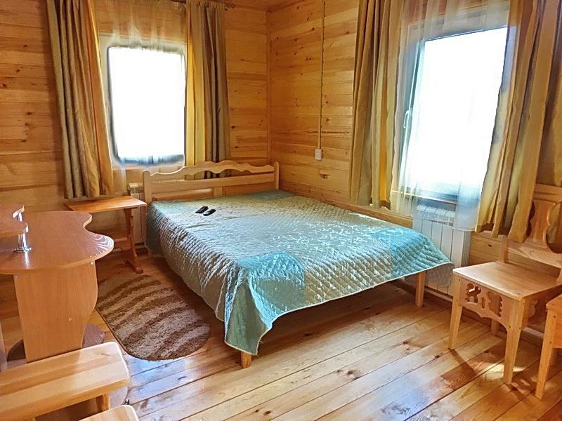Спальня в гостевом доме «Боровичок». Фото: lebtur.ru