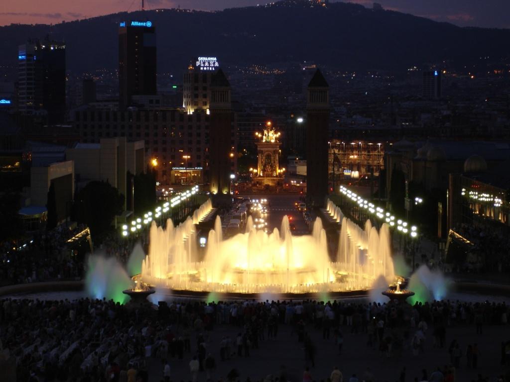 Магический фонтан Барселоны. Автор:  Oh-Barcelona.com. Фото:  www.flickr.com