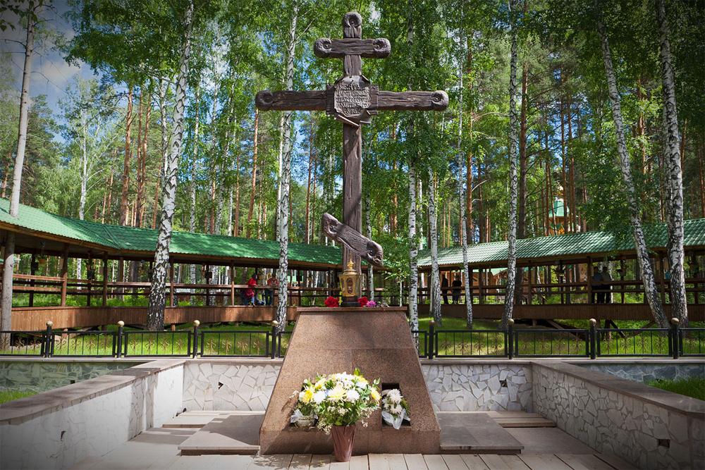 Поклонный крест. Фото: Сергей Большунов