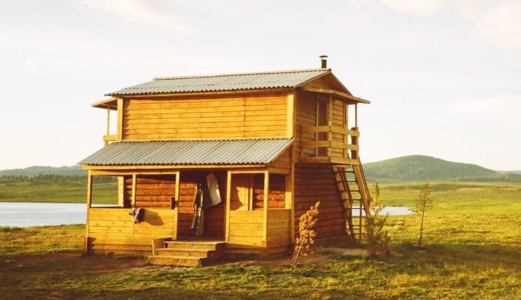 Дом из бруса   www.liveroads.ru