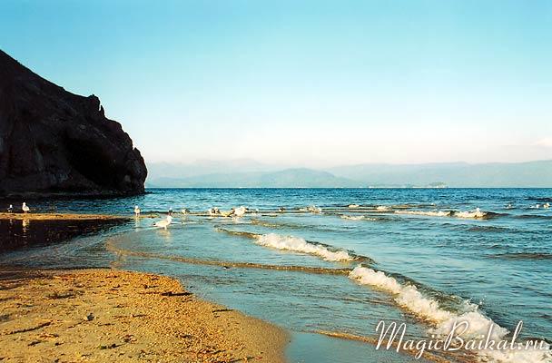 Чивыркуйский залив вблизи поселка Монахово  Фото Байкала предоставлены сайтом  Магия Байкала .