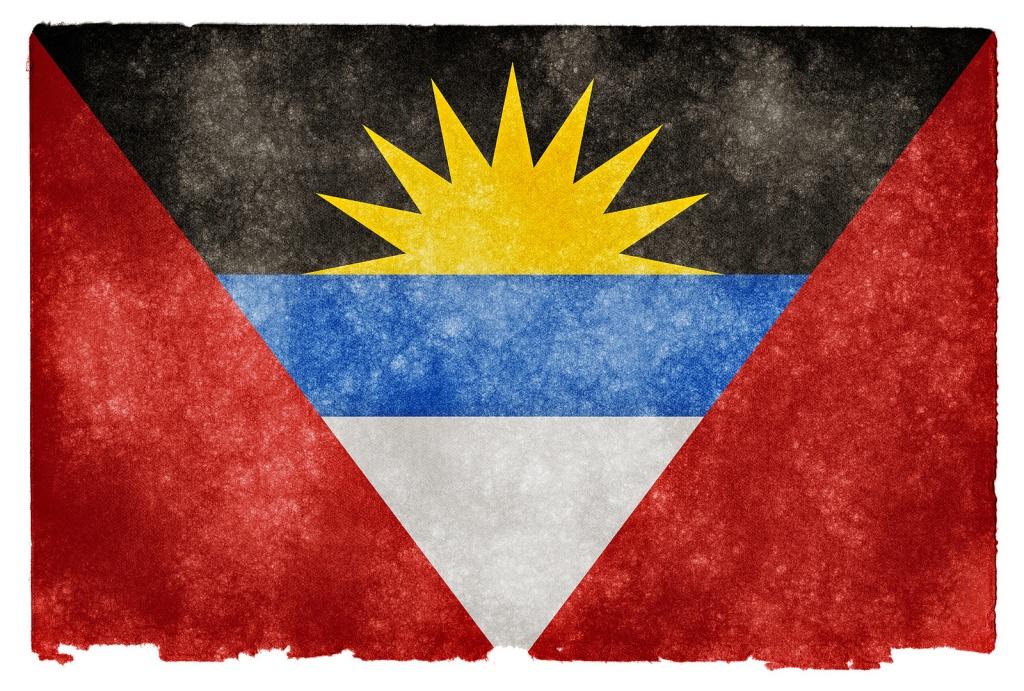 Флаг Антигуа и Барбуда. Автор: Free Grunge Textures - www.freestock.ca. Фото:  www.flickr.com