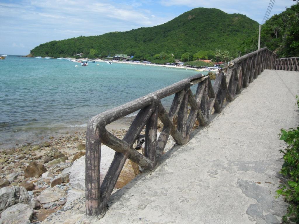Остров Ко Лан.
