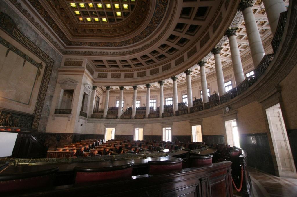 Зал Сената. Автор: Brian Snelson. Фото:  www.flickr.com
