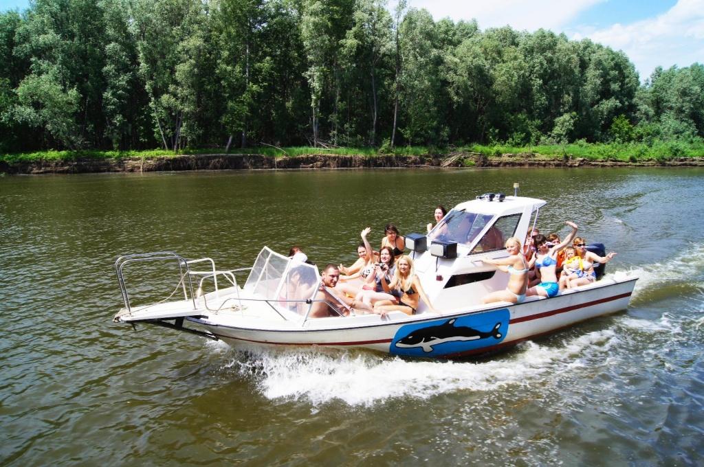 Катание на катерах