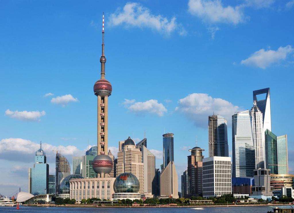 Панорама Шанхая. Фото:  Tonkosti.ru