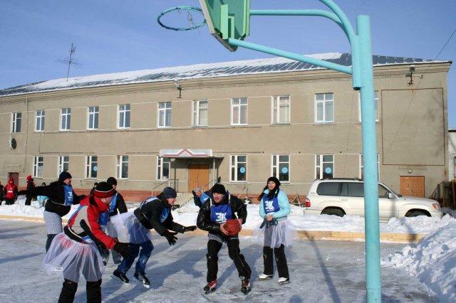 Зимний баскетбол. Фото: expark.millenium-omsk.ru