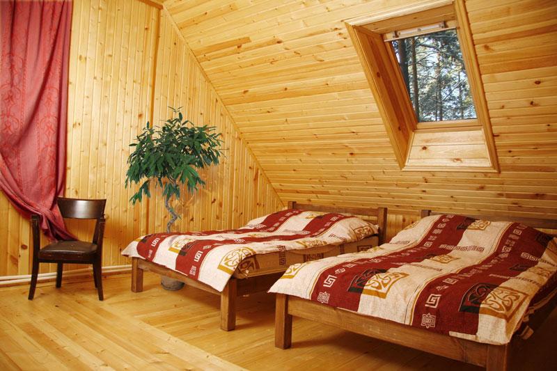 Спальня в коттедже. Фото:www.turbaza66.ru.