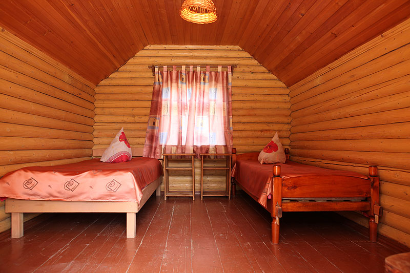 Внутри домика. Фото: www.talda.ru