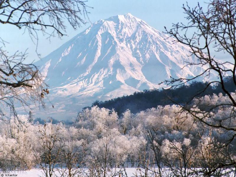 Вулкан Корякская сопка   www.nhpfund.ru